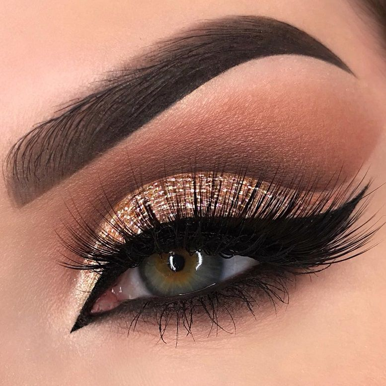 Fabulous eye makeup ideas make your eyes pop - gorgeous golden eye makeup for hazel eyes #eyemakeup #makeup #eyes #beauty mua #eyeshadow