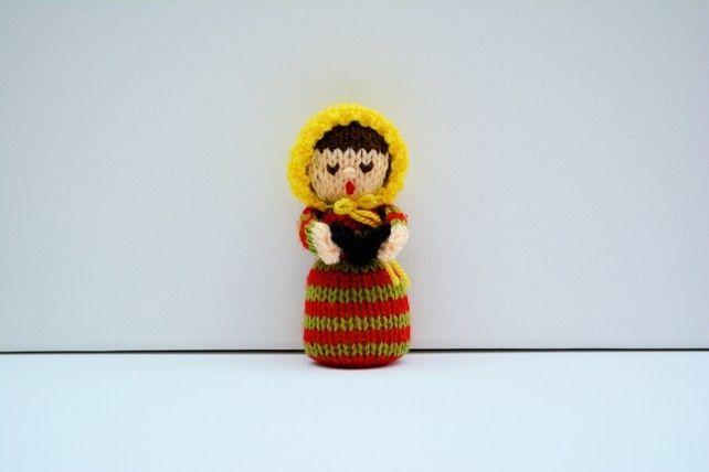 Christmas Carol Singer Doll - Knitting Pattern - PDF E-mail £2.60