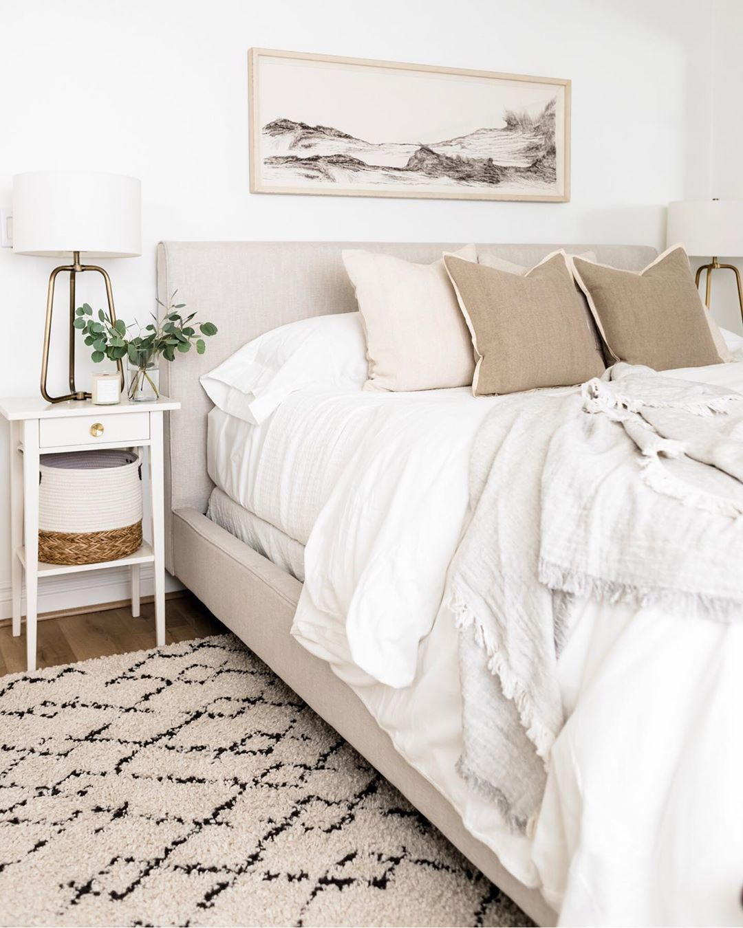 Katie Staples On Instagram Since Fall Is Officially Here I M Talking About The 5 Things To Consider When Changing Cozy Bedroom Neutral Bedroom Bedroom Inspo