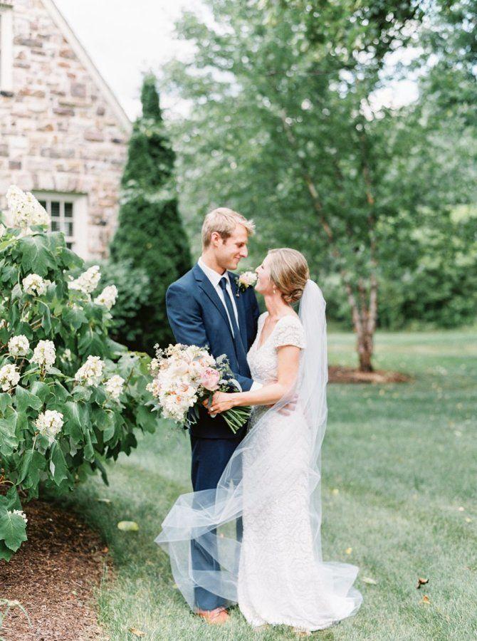 Stylish backyard wedding: http://www.stylemepretty.com/little-black-book-blog/2017/01/18/sweet-stylish-backyard-wedding/ Photography: Lauren Fair - http://laurenfairphotography.com/