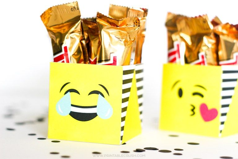 Emoji Gifts Package Them Using My Free Printable Emoji Gift Boxes Emoji Gifts Emoji Free Printables