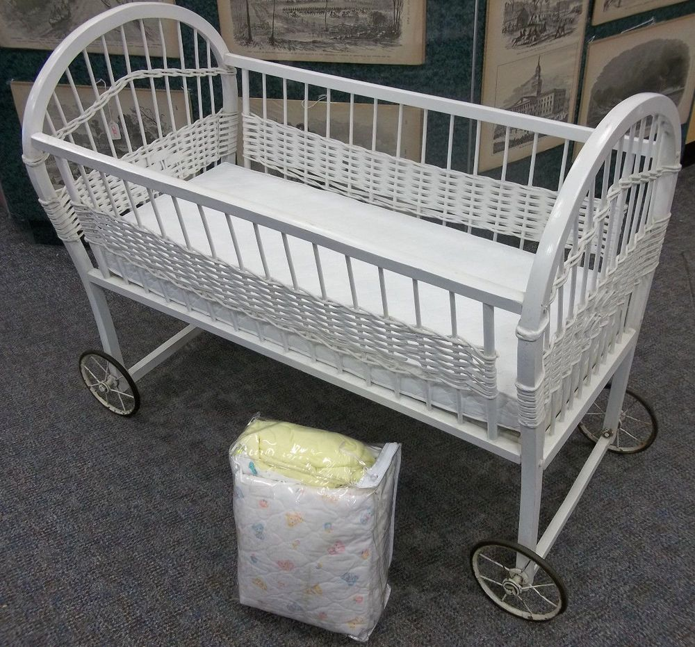 Antique Vintage White Wicker Baby Bassinet On Wheels Bedding