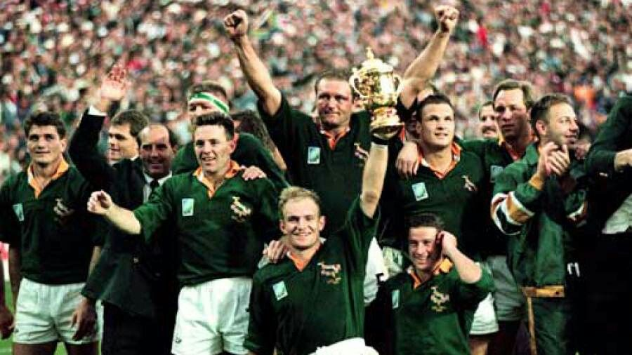 Francois Pienaar And The 1995 Springbok Team Rugby World Cup World Cup Teams Springbok Rugby