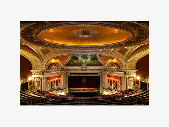 The Hippodrome Theatre An American In Paris Theatre Theater Architecture