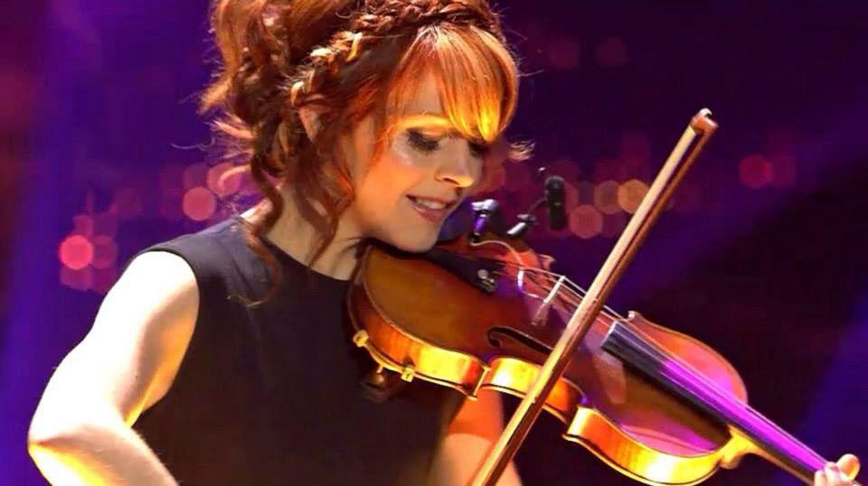 Echo award Lindsey Stirling