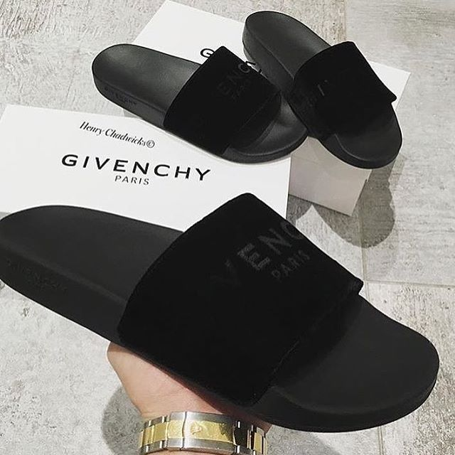 VELVET #thingshoneywants | Chinelos femininos, Sapatos de grife