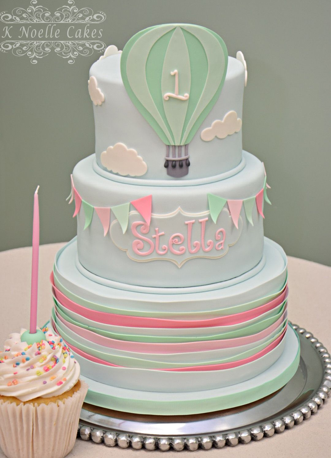 1st Birthday Cake With Hot Air Balloon Theme By K Noelle Cakes 1st