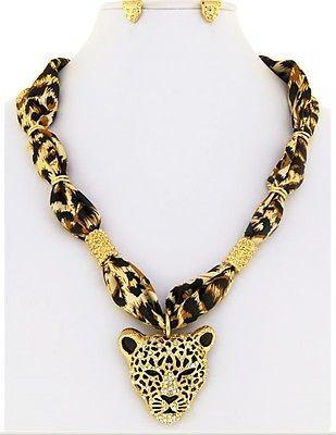 Lange Hängele jewelry sets 50692 goldtone large leopard