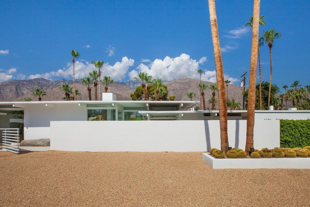 Palm Springs midcentury stunner with ties to Hollywood