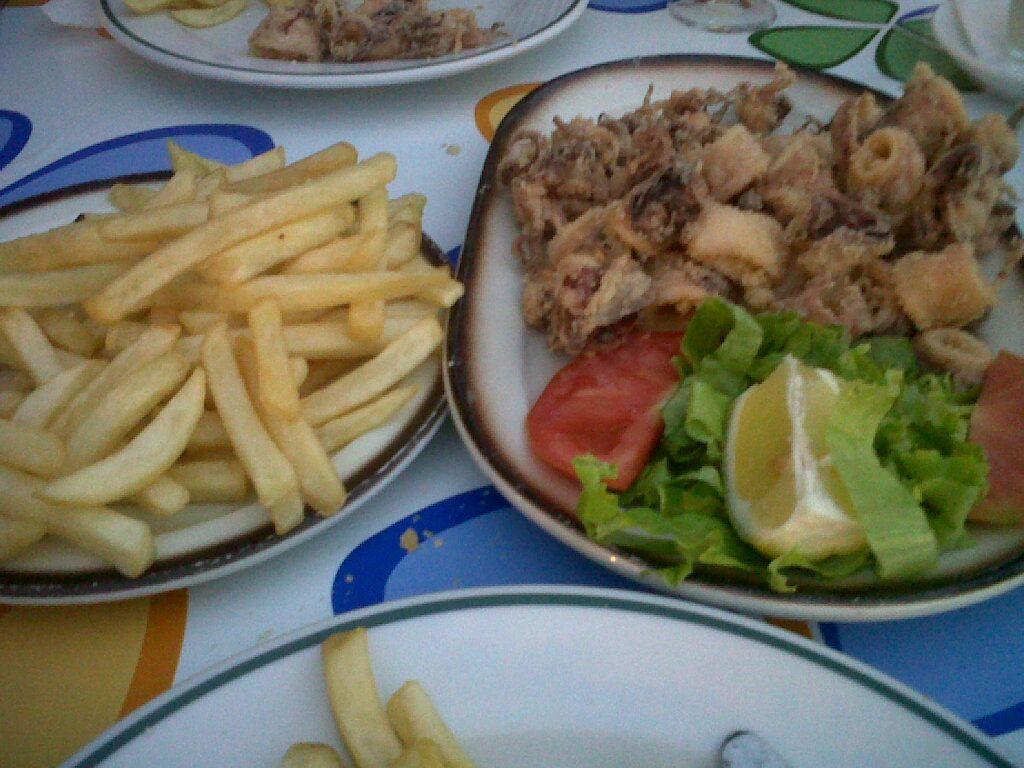 calamares con patatas fritas