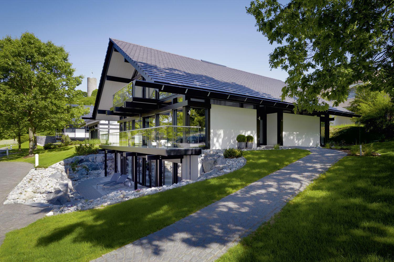 huf traumhaus musterhaus fertighaus fachwerk mit souterrain house ideas pinterest. Black Bedroom Furniture Sets. Home Design Ideas