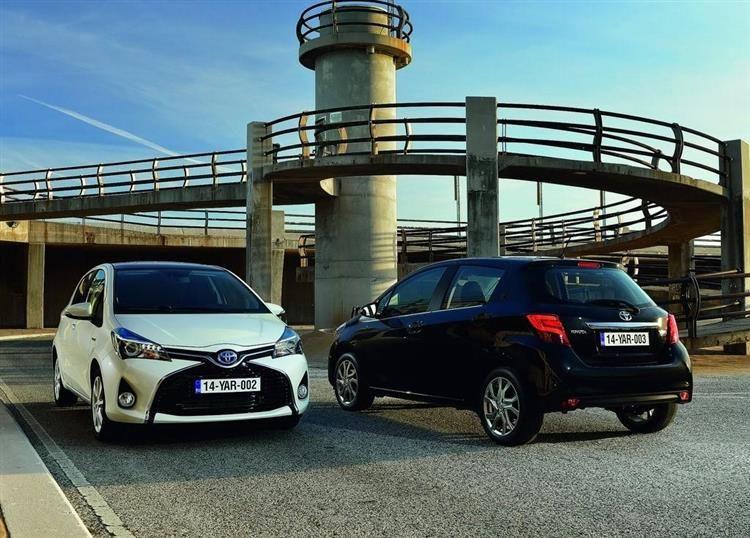 Voiture Hybride Comparatif >> Toyota Yaris Le Match Hybride Contre Diesel Comparatif