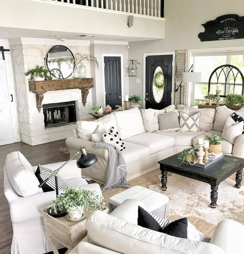 black white green a favorite color combo from on living room color inspiration id=34639
