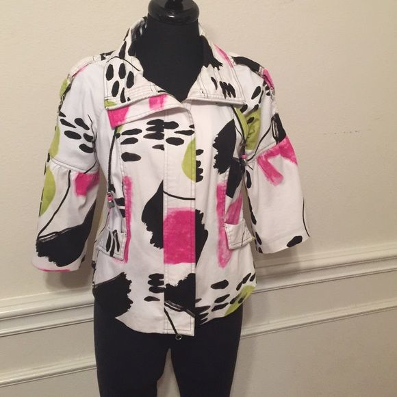Top Pink, black, green, tones on a white background.. It zips up the front with 2 pockets and cute sleeves.. Berer Tops Blouses