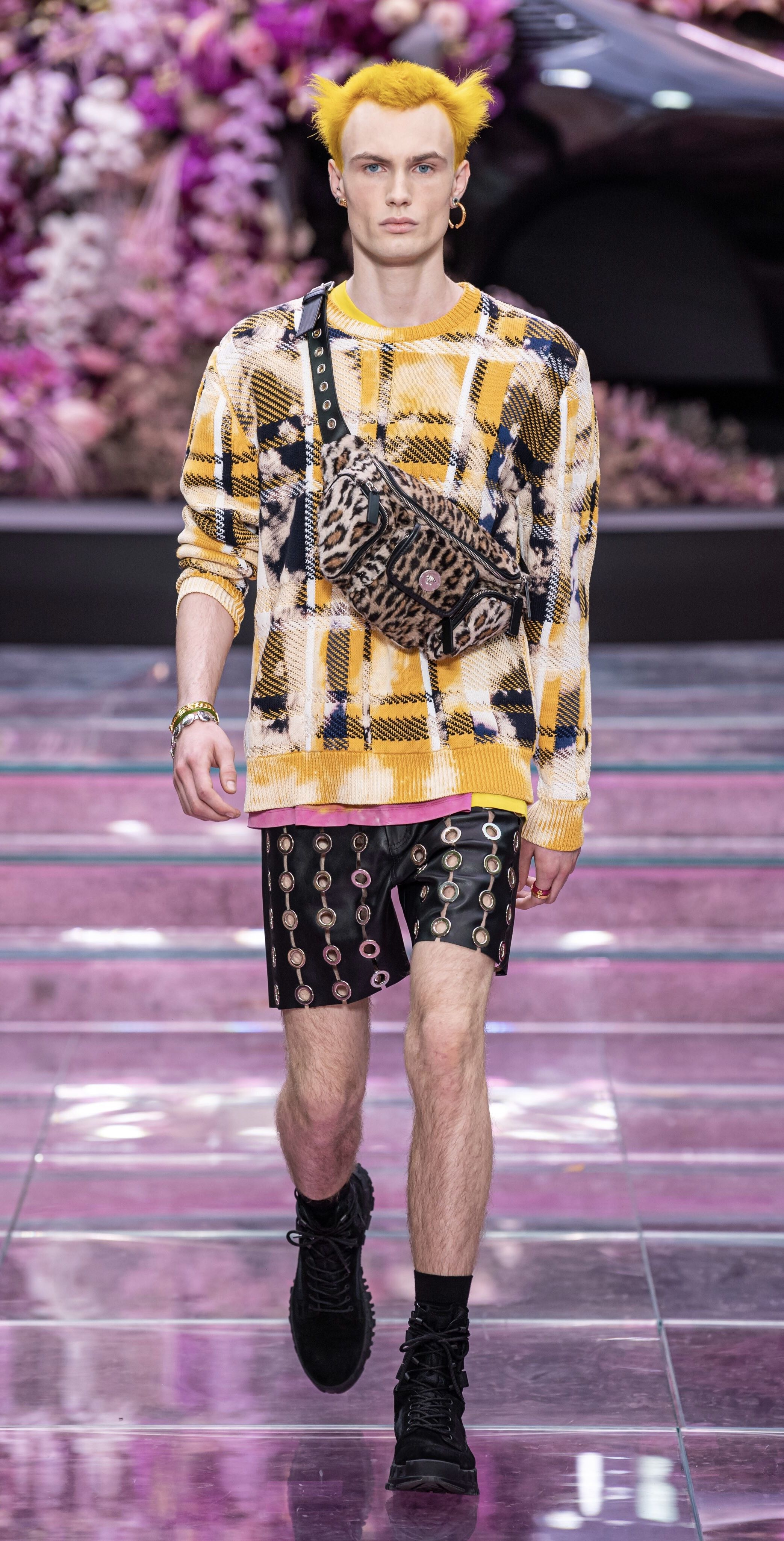 Versace Spring Summer 2020 Look 21 Milan Fashion Week Men Fashion Show Menswear Mens Designer Fashion