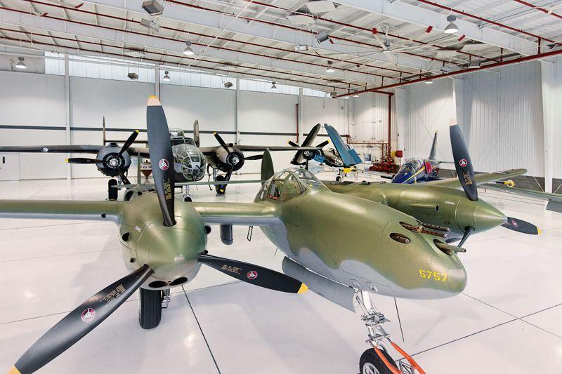 An wonderful hangar full of so much aviation goodness
