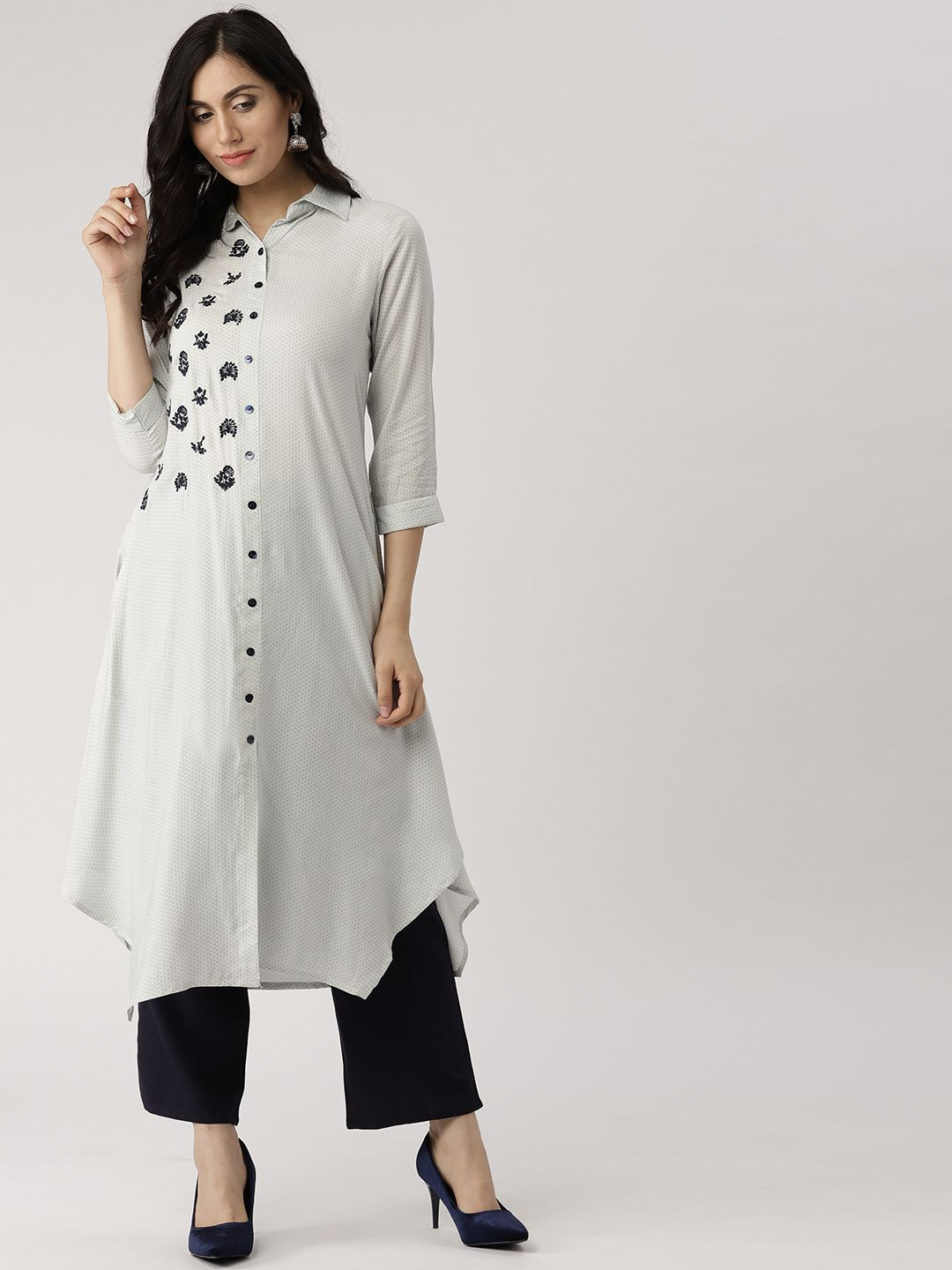 a1eecf19 #offwhite#stylist#shirtcollar#printed Shirt Style Kurti, Pakistani Fashion  Casual,