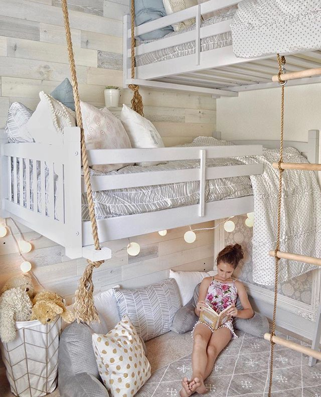 I Love Everything About This Room Vintageporch Those Built In Beds Our Sketched Beddy S And It All Tween Girl Bedroom Girl Bedroom Decor Bedroom Design
