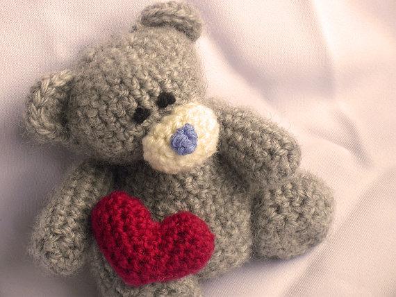 Amigurumi Crochet Patterns Teddy Bears : Teddy bear with heart crochet pattern teddy bear crochet pattern
