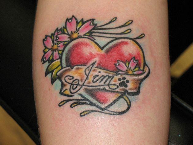 Tatuajes De Corazones Con Nombres Corazones Rotos Tattoos Heart