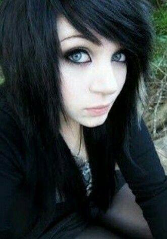 Hot Teen čierne vlasy