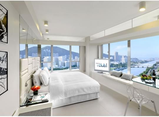 Regal iClub Hotel in Hong Kong, Hong Kong. Find your hotel reviews and photo's of Hong Kong Regal iClub Hotel to overviews their room's availability.