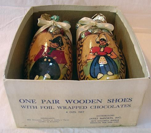Wooden Shoes filled with Rumbonen/Chocolates, 1950