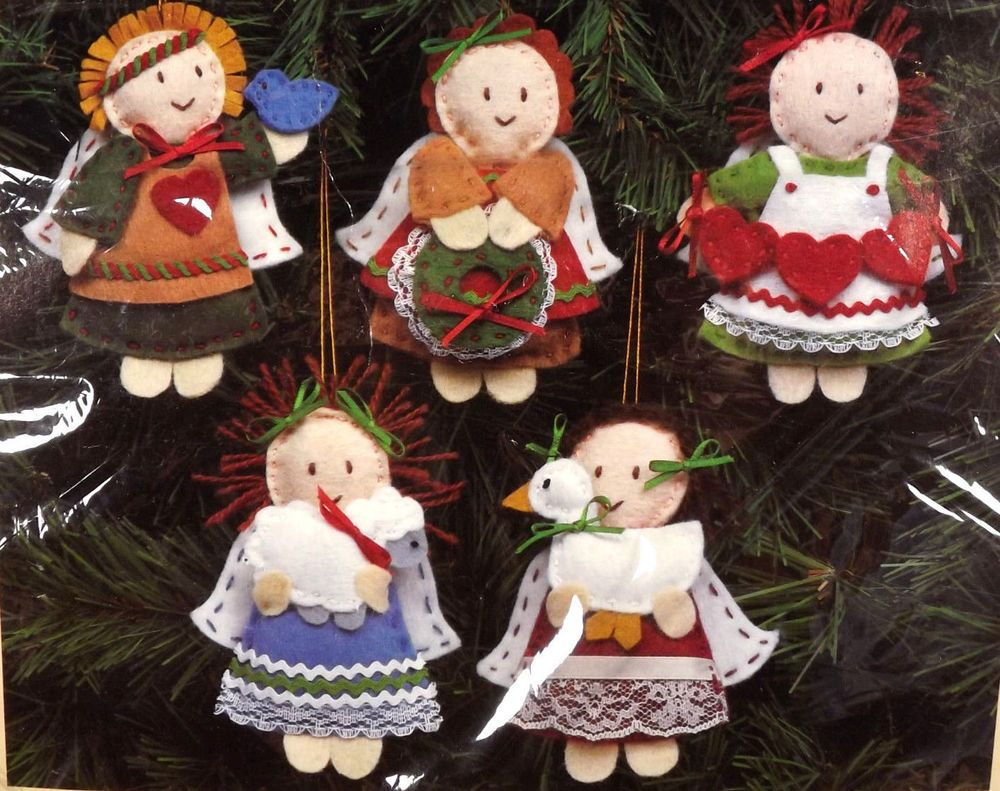 Embroidered christmas ornaments - Creative Circle Country Angels Embroidered Christmas Ornaments Kit 2906