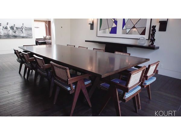 Look Inside Kourtney Kardashians Modern Luxurious And Comfortable Living And Dining Rooms