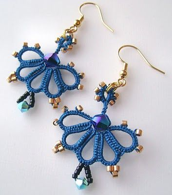 Delica Bead Earring Free Patterns | Yarnplayer's Tatting Blog: A pair in blue and gold
