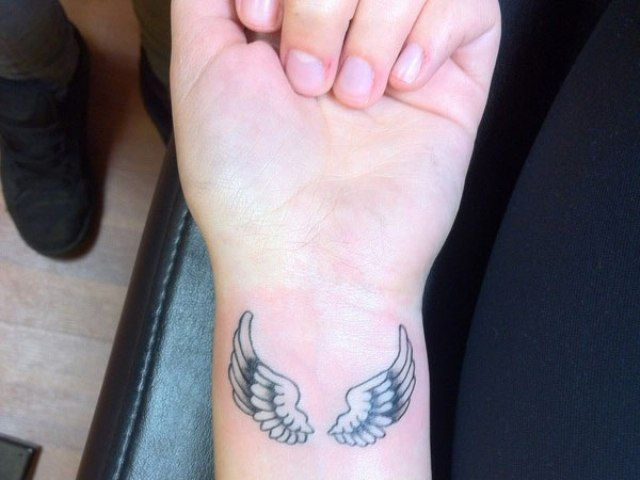 angel wing wrist tattoos pictures   Posted in Wings ...