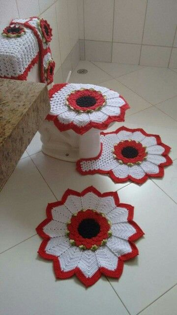 617bd2a553f9 Juego de Baño | carpetas | Jogos de banheiro croche, Crochê y Tapete ...