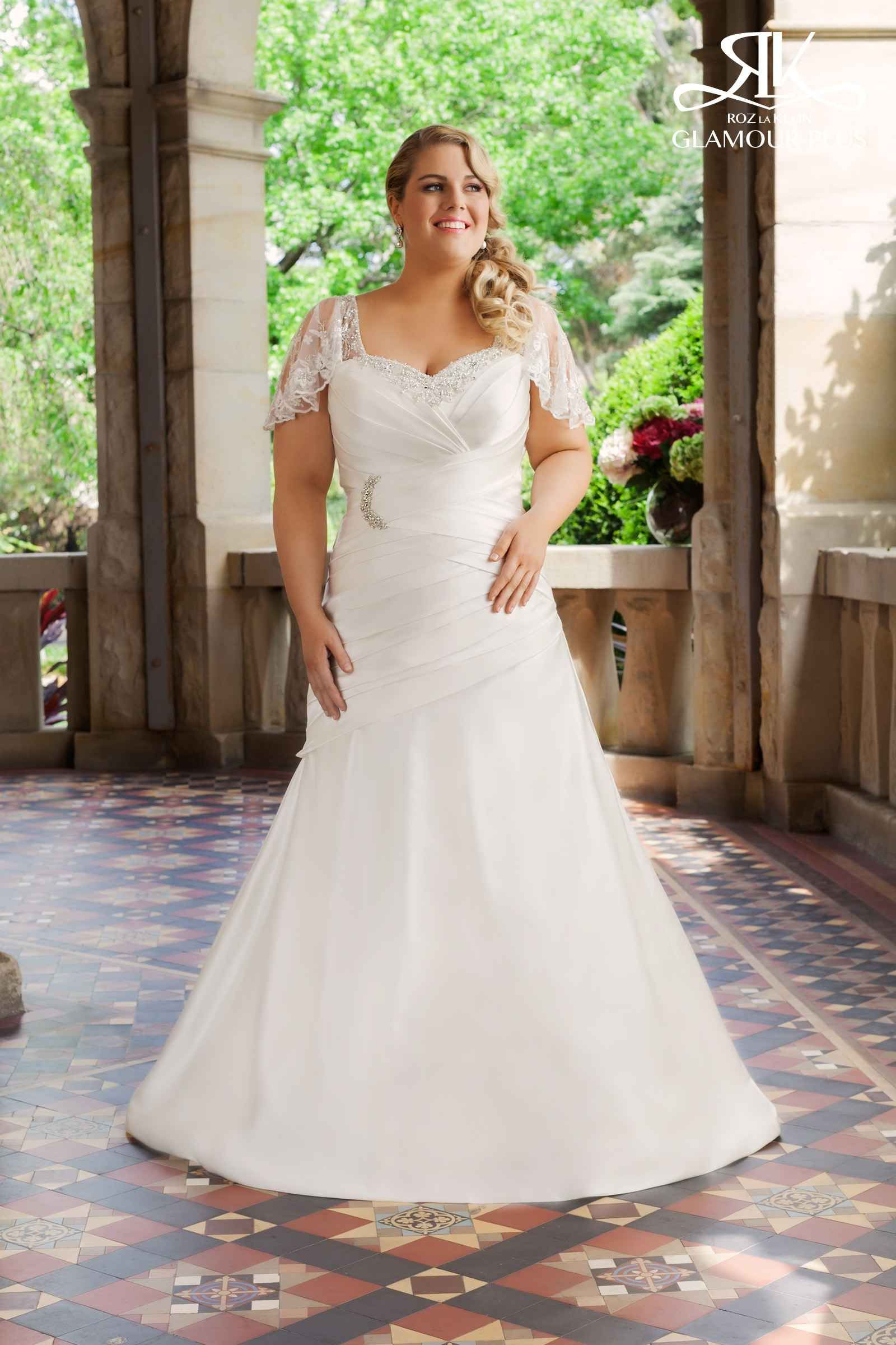 Wedding dresses for plus size brides  Plus size wedding dress idea  Glamour  Wedding Ideas  Pinterest