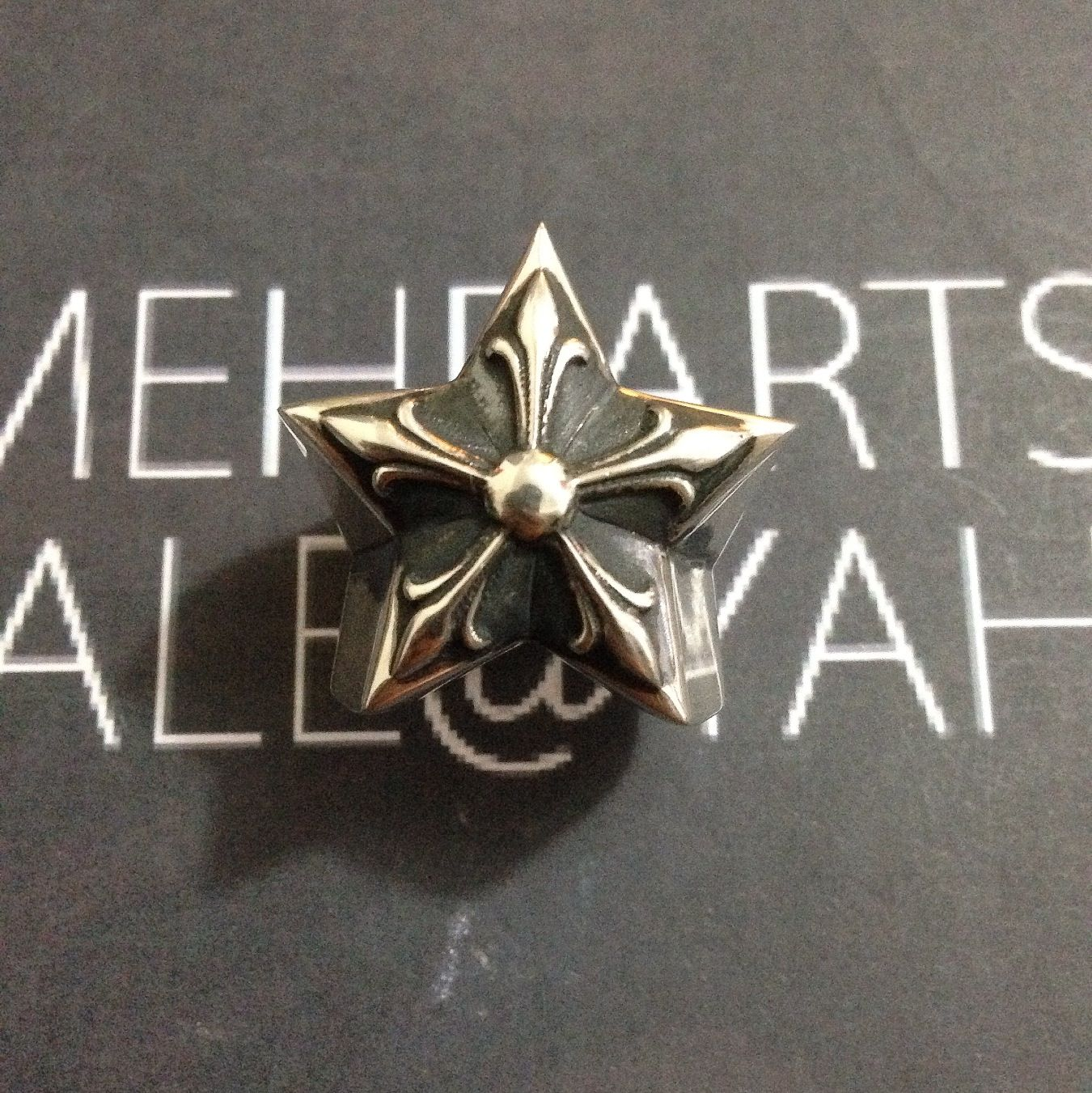 chrome hearts mega star ring www.chromeheartsexclusive.co #chromehearts #chromeheart#chromeheartsexclusive#chromeheartsrings #chromeheartsbracelet #chromeheartsnecklace #chromeheartsonlinestore #chromeheartsonline buy #chromeheartsauthentic #chromeheartsvancouver #chromeheartscanada #chromeheartsclothing chromehartsearrings  #chromeheartspendant #chromeheartsring