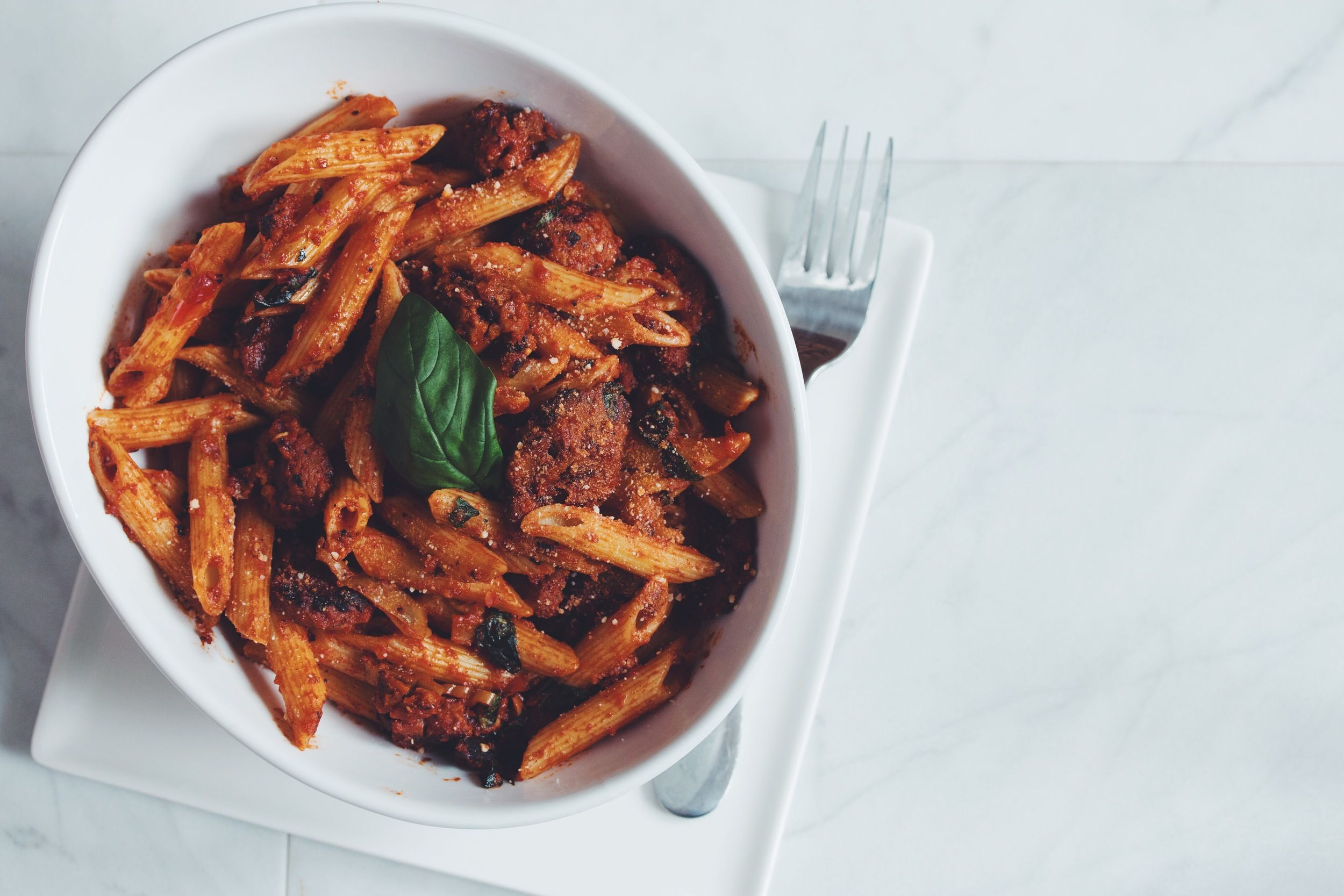 Creamy Vegan Mushroom Fettuccine Alfredo Hot For Food By Lauren Toyota Recipe Food Arrabbiata Recipes Recipes