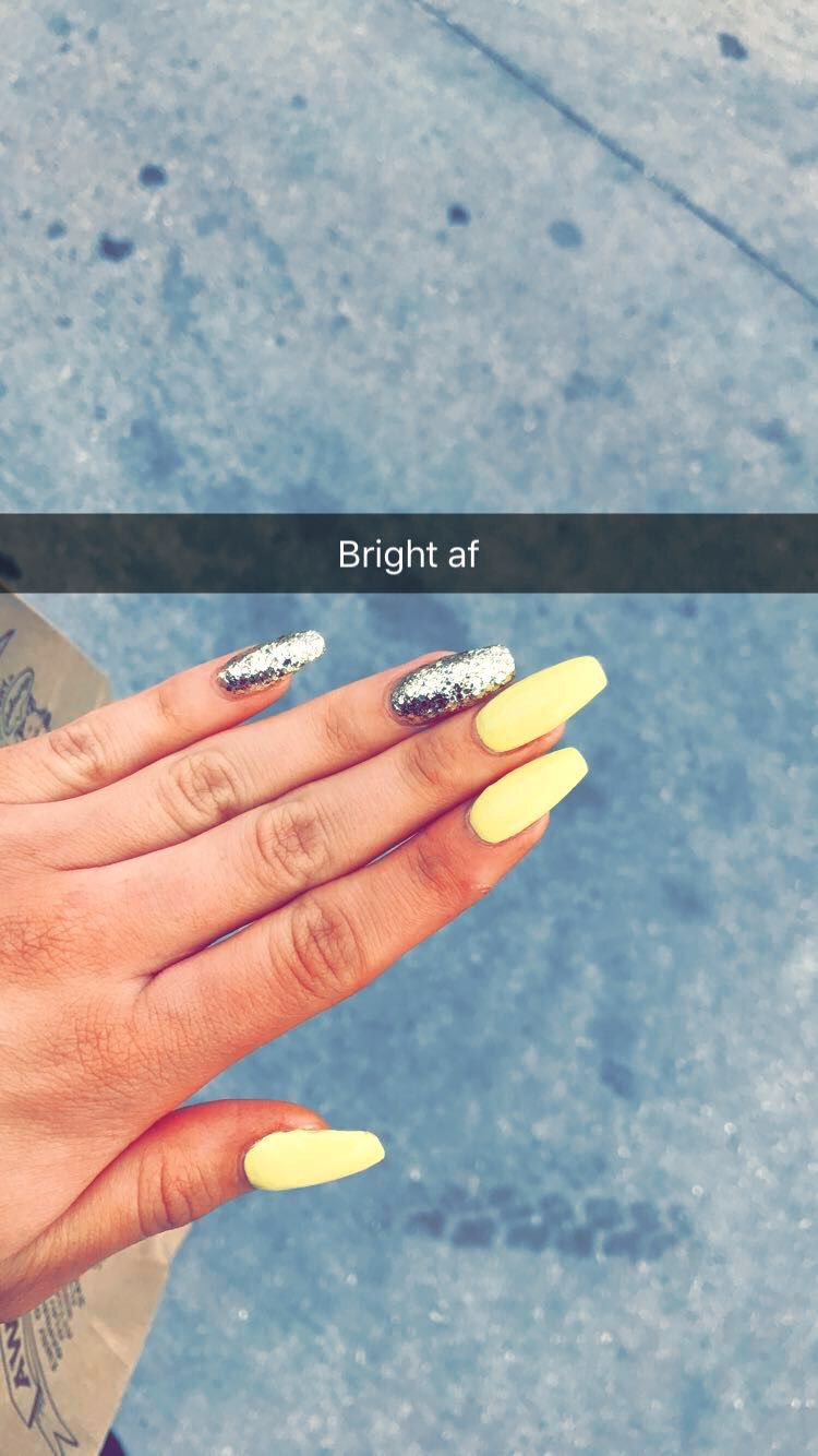 Yellow Coffin Nails With Gold Glitter Gold Nails Gold Acrylic Nails Acrylic Nails Yellow