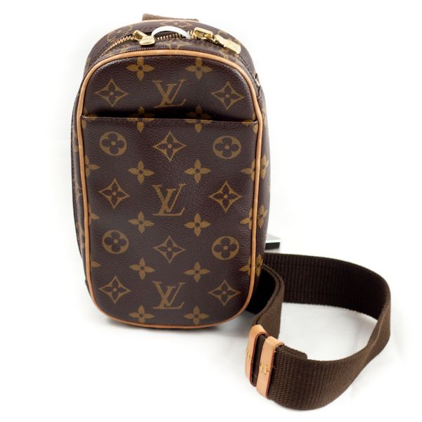 1dc3da8c215f Men s Louis Vuitton Monogram Canvas Pochette Gange