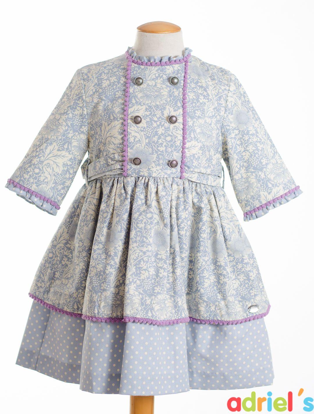 045448704 Vestido de Dolce Petit para niña.