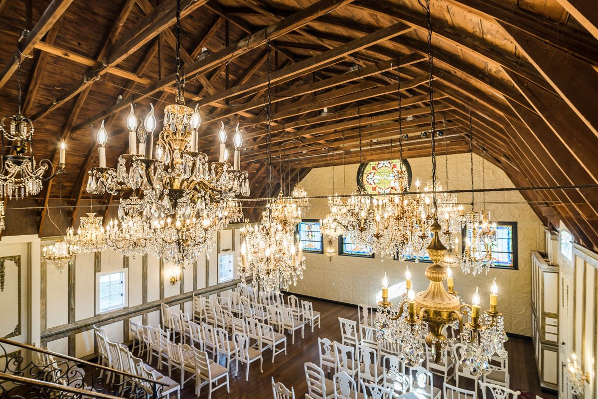 Chandelier barn at lionsgate event center barn country backyards chandelier barn at lionsgate event center mozeypictures Image collections