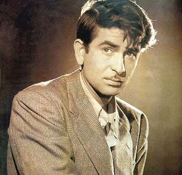 Raj Kapoor was a classic Bollywood icon. This is similar to ...