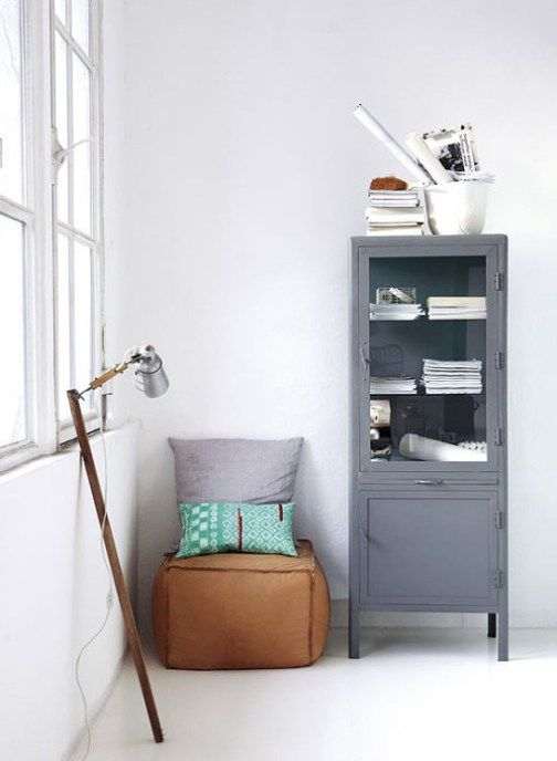 housedoctor_vitrine_schrank {Living room   Wohnzimmer