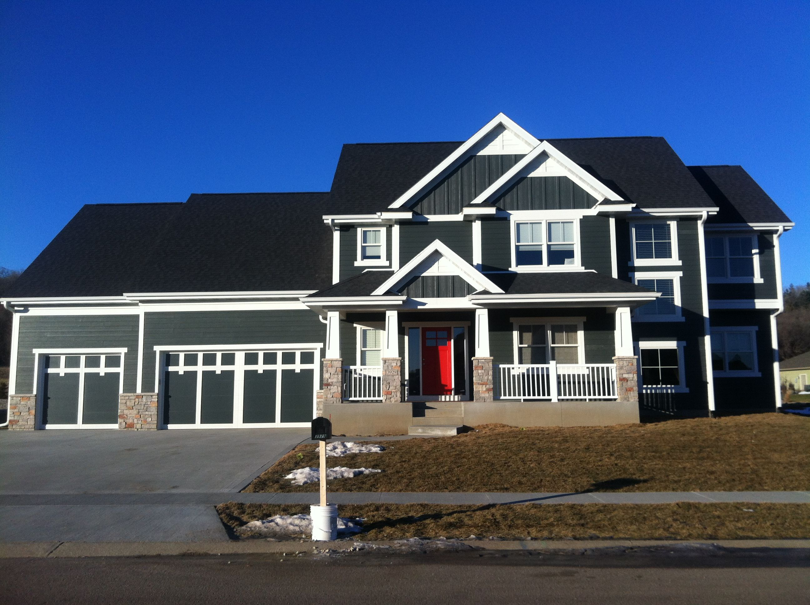 Slate Gray Hardi Plank With White Trim Someday Pinterest - Exterior hardie board