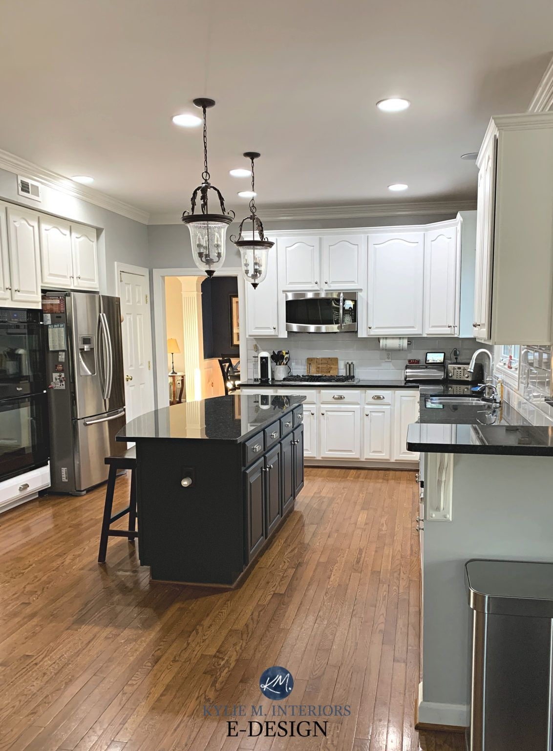 4 Ideas How To Update Oak Or Wood Kitchen Cabinets In 2020 Wood Kitchen Cabinets Wood Kitchen Maple Cabinets