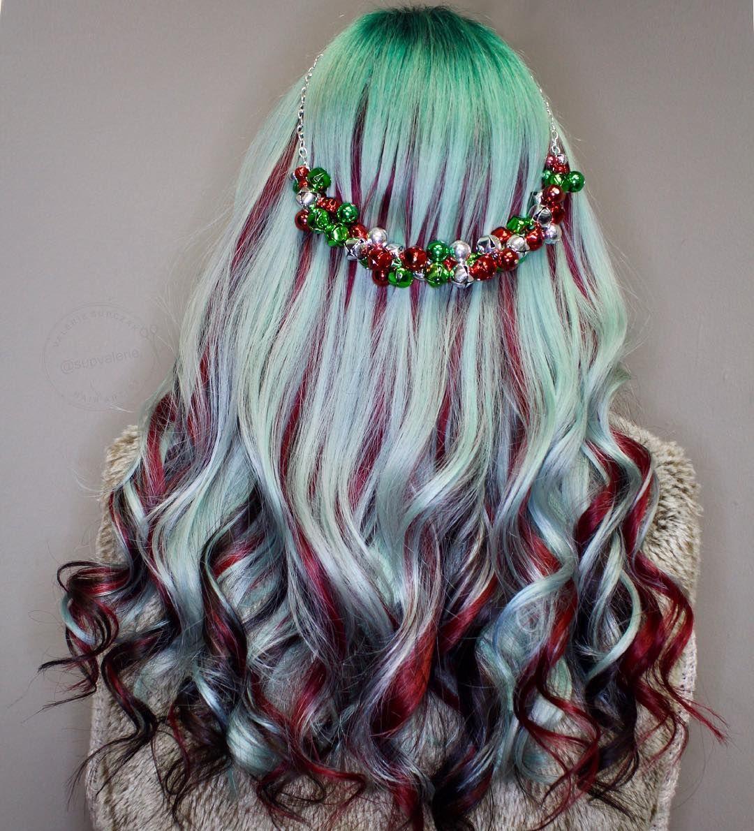 Wedding Hair Color Ideas: Jingle Bell Jingle Bells 🔔 ️🎅🏼💚 @pulpriothair #holidayslay