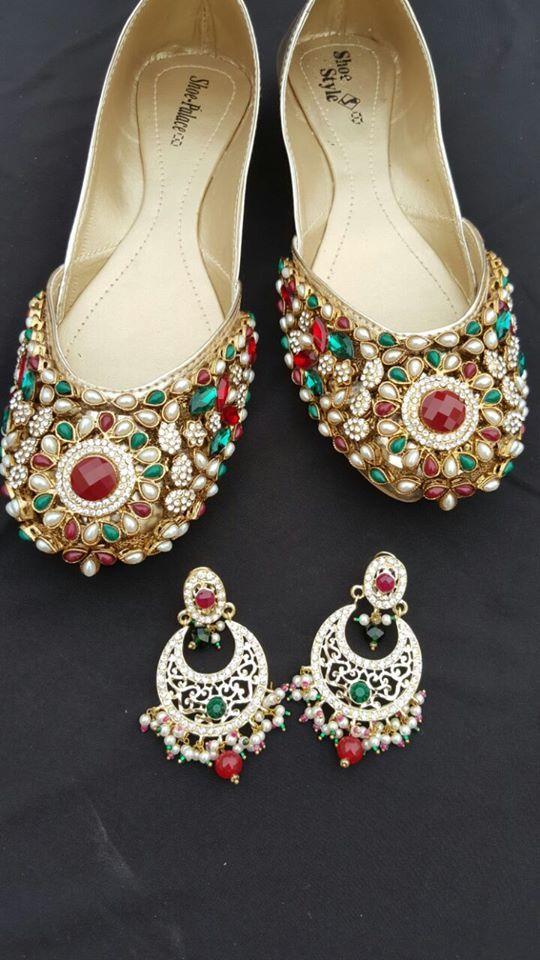 Kết quả hình ảnh cho Indian Bridal footwear Tassels