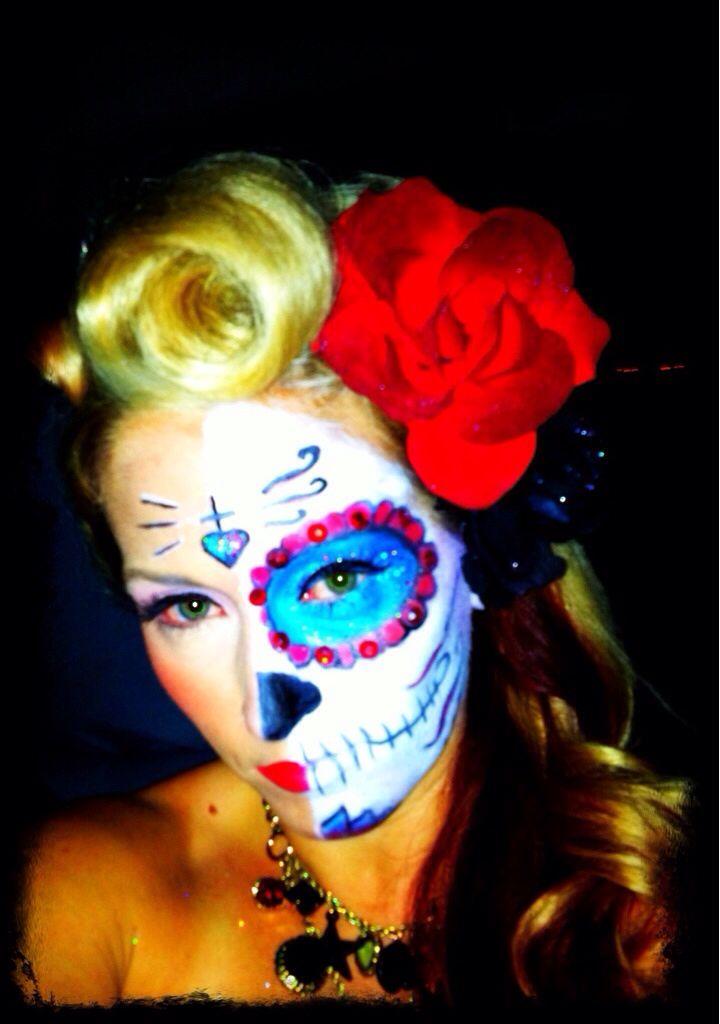 Halloween day of the dead #FestivalVidayMuerte > http://mayanexplore.com/news_det.php?m=379