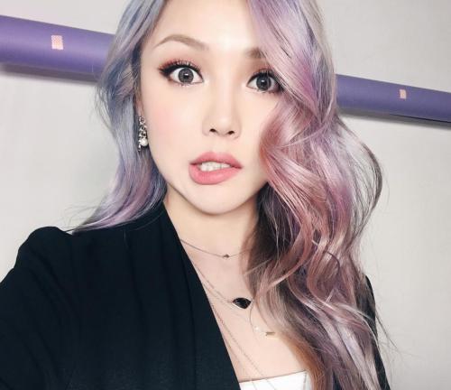 Ulzzang Pretty Korean Girl Selca Asian Fashion ♥ (With