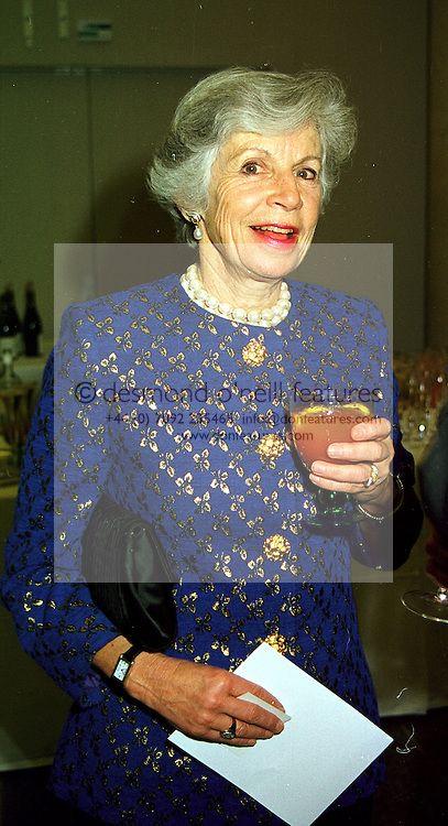 Virginia Ogilvy Countess of Airlie | countess of airlie ginny airlie lady airlie virginia airlie virginia ...