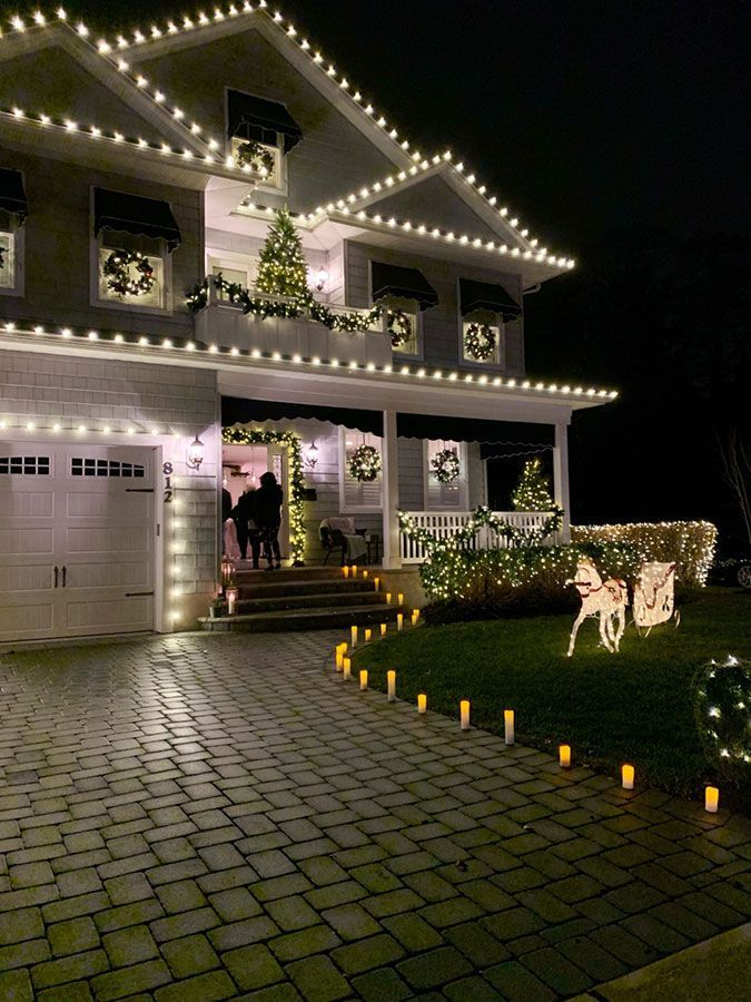 Christmas House Lights - Showhouse Tour - The Honeycomb Home