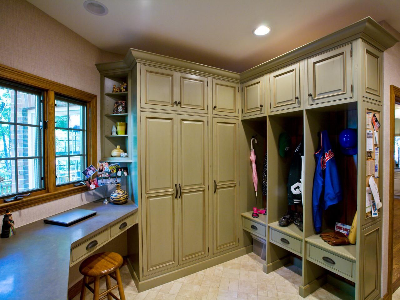 Mudroom Design Ideas: Pictures, Options, Tips and Advice | Mudroom ...